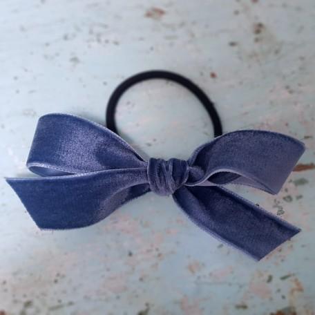 azul grisaceo